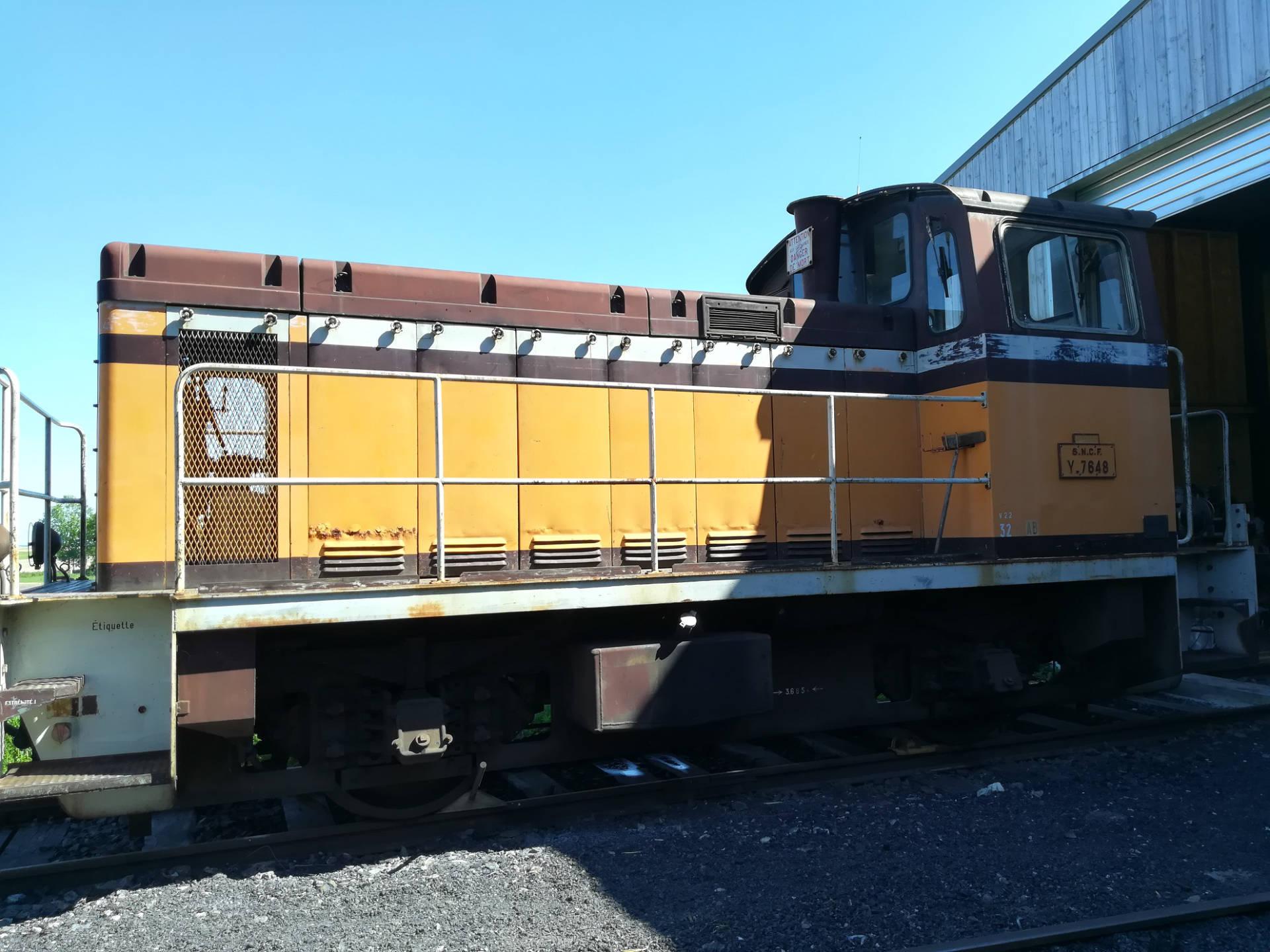 locotracteur-Y-7648-2